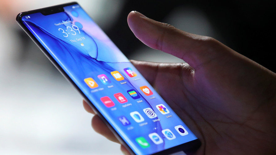 Chinese phone makers take on Google, Africans could benefit